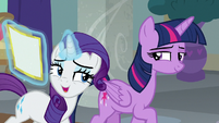 Rarity reassuring Twilight Sparkle S8E16