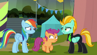 Scootaloo looking excitedly at Rainbow Dash S8E20