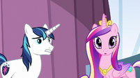 Shining Armor and Cadance hear Twilight's voice S6E1
