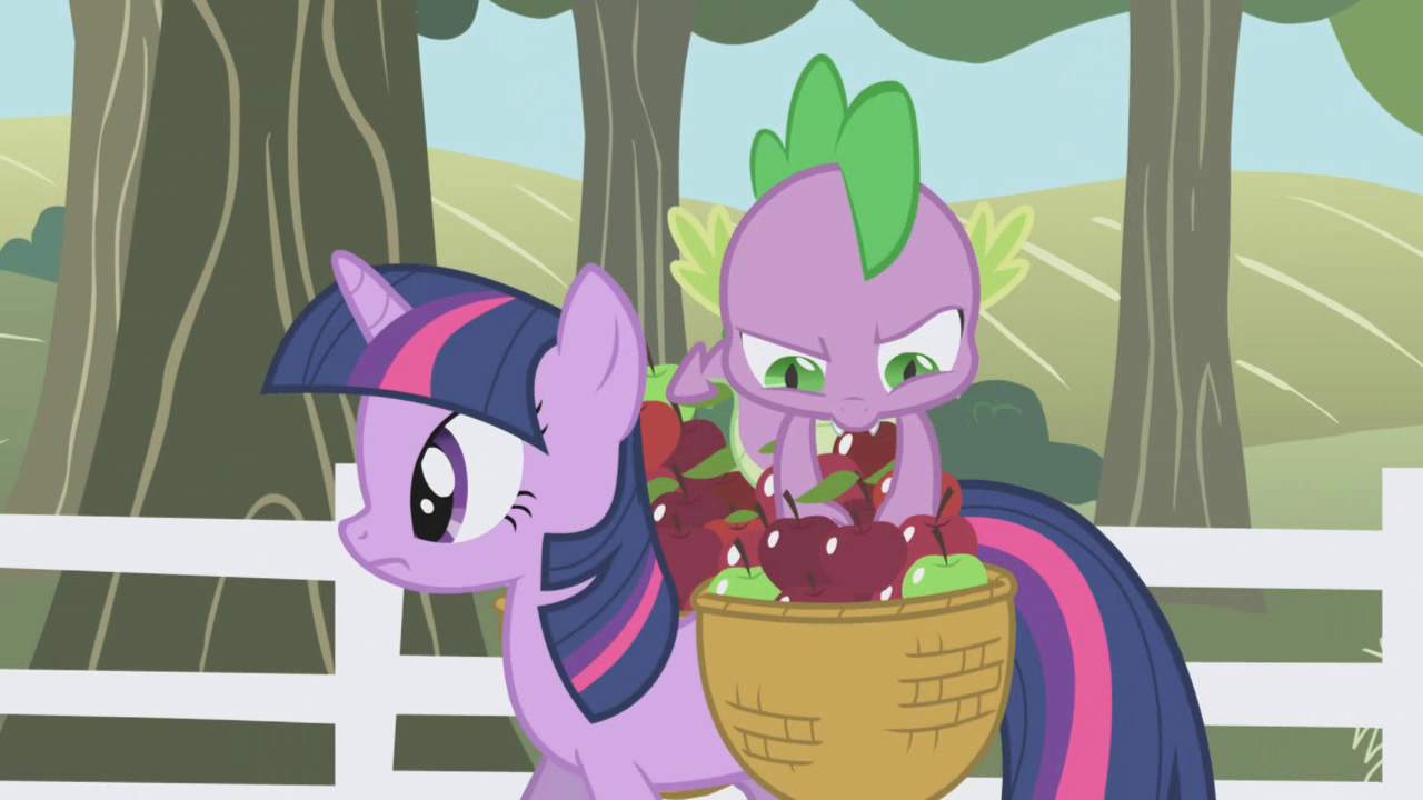 Spike digging deep in the basket S01E03