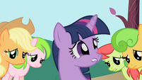 Twilight afraid to disappoint Apple family S1E01