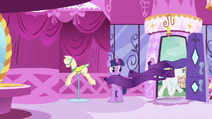 Twilight watches Rarity leave the boutique MLPS1