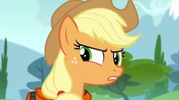 Applejack snapping at Apple Bloom S4E09