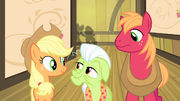 Other Apples hear CMC excited S4E17