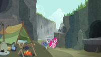 Pinkie and Maud return to Maud's campsite S7E4