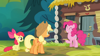 Pinkie giggling S4E09