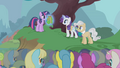 Presenting special vest to Twilight S1E11.png