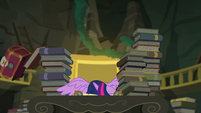 Princess Twilight puts her face on the desk EGFF