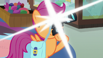Scootaloo takes picture of Bow and Windy's faces S7E7