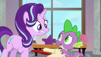 Starlight and Spike look very worried S8E1