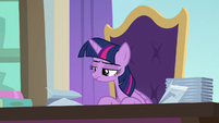 Twilight's paper swan unfolds and collapses S9E20