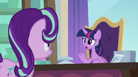 """Twilight """"getting royal place settings just right"""" S9E20"""