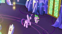 Twilight notices the Cutie Map glowing S7E15