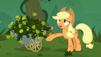 Applejack wipes her sweat away S5E16