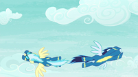 Misty Fly and Soarin swerve past each other S6E7
