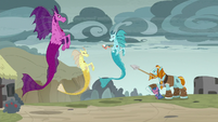 Pillars attack the Sirens and protect villagers S7E26