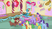 Pinkie jumps around while giving out cupcakes S8E12