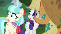Rarity, Coco, and AJ hear the Method Mares S5E16