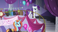 Rarity and Sassy at Canterlot Carousel S8 opening