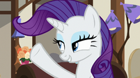 Rarity flicking her mane again S7E19