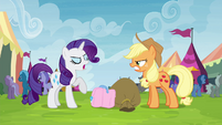 "Rarity trying not to be ""out-friended"" S4E22"