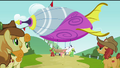The Apples look at the airship S3E08.png