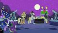 Twilight, Spike and Applejack S2E04.png