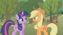 Twilight and Applejack -um, no-- S1E04