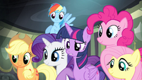 Twilight asks about the comic book S4E06