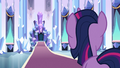Twilight looking at the throne S3E2.png