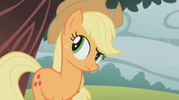Applejack looking behind S01E08