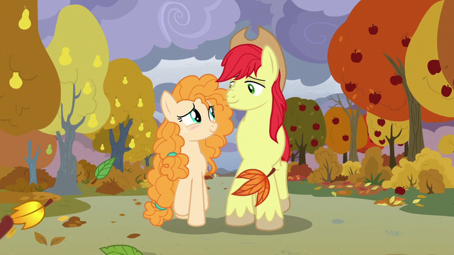 File:Bright Mac and Pear Butter walking in fall S7E13.png