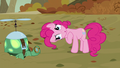 "Pinkie ""look at the cute wittle Tankie"" S5E5.png"