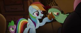 Rainbow Dash singing to Squabble MLPTM