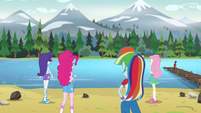 Rarity, Pinkie, Rainbow, Fluttershy gazing at the water EG4