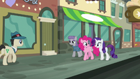 "Rarity ""you Pie sisters have just about the sweetest family traditions!"" S6E3"