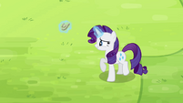 Rarity levitating horseshoe S4E10