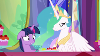 Twilight getting very worried S6E6