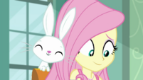 Angel Bunny giving Fluttershy moral support EGDS6