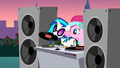 DJ Pon-3 about to start the music S2E26.png