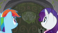 Dash and Rarity look at giant wooden door S8E17