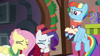 Flutterholly and Merry gigging S06E08