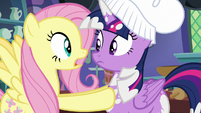 Fluttershy panicking to Twilight Sparkle S7E20