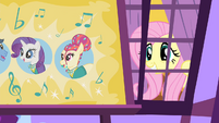 Fluttershy peeking outside S4E14