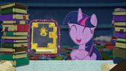 MAFH 09 Twilight znajduje książkę z zaklęciem na naprawienie Kryształowego Serca