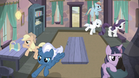 Mane Six and village ponies storm Starlight's house S5E2