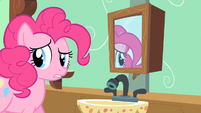 Pinkie Pie looking around S2E13
