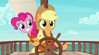 Pinkie sneaking up on Applejack S6E22