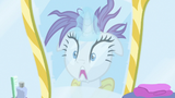 Rarity sees her ruined mane in the mirror S7E19