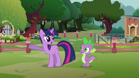 Twilight 'I can't believe she's trusting me with the entertainment' S3E05